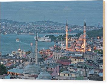 Yeni Camii Wood Print by Salvator Barki