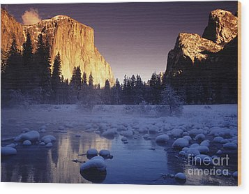 Yosemite Valley Sunset Wood Print by Michael Howell - Printscapes