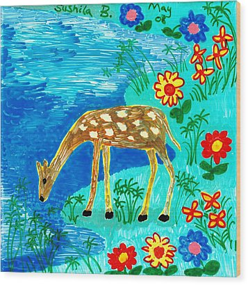 Young Deer Drinking Wood Print by Sushila Burgess
