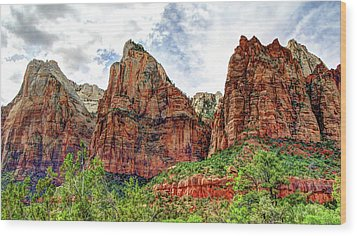 Zion N P # 41 - Court Of The Patriarchs Wood Print