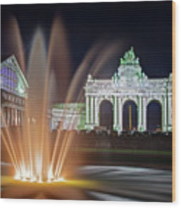 Arcade Du Cinquantenaire Fountain At Night - Brussels Wood Print by Barry O Carroll