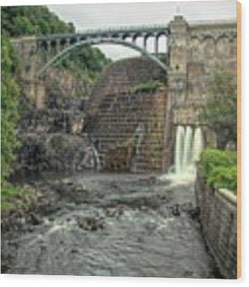Croton Dam In Summer Wood Print by Kristia Adams