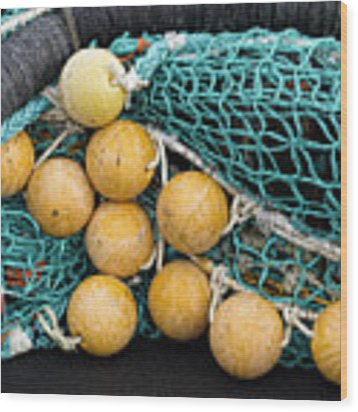 Fishnet Floats Wood Print by Carol Leigh