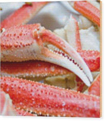 King Snow Crab Legs Ready To Eat Closeup Wood Print by Alex Grichenko