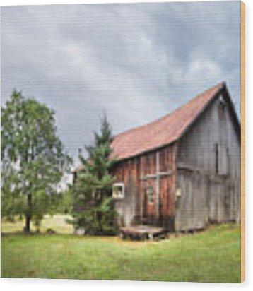 Little Rustic Barn, Adirondacks Wood Print by Gary Heller