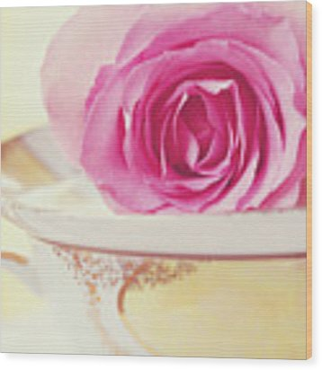 Pink Rose And Teacup Wood Print by Kim Fearheiley