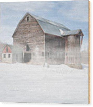 Snowy Winter Barn Wood Print by Gary Heller