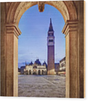 St Mark's Square Arch - Venice Wood Print by Barry O Carroll