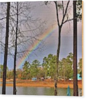 A Pot Of Gold On Lake Murray South Carolina Wood Print by Lisa Wooten