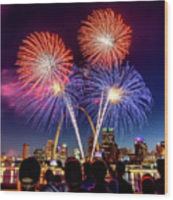 Fair St. Louis Fireworks 6 Wood Print by Matthew Chapman