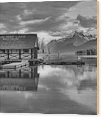 Maligne Lake Pink Clouds And Golden Glow Black And White Wood Print by Adam Jewell