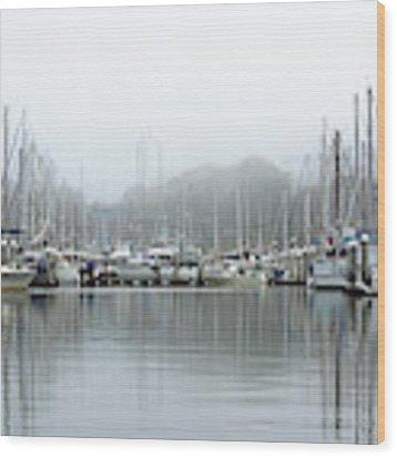 Marina Fog Makes Its Exit Wood Print by Susan Wiedmann