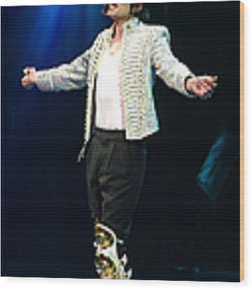 Michael Jackson Onstage At The Dnc Wood Print by New York Daily News Archive