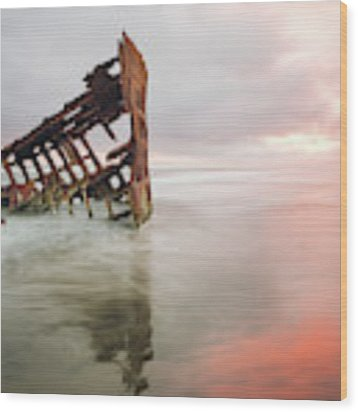 Peter Iredale Shipwreck Wood Print by Nicole Young