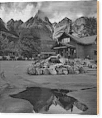 Saskatchewan Crossing Reflections Black And White Wood Print by Adam Jewell