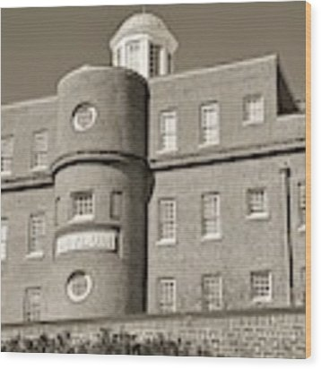 South Carolina State Hospital Asylum Black And White Wood Print by Lisa Wooten