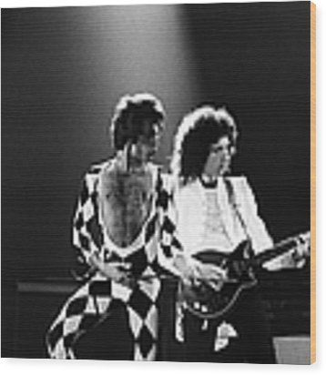 The Rock Group Queen In Concert Wood Print by George Rose