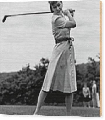 Woman Golfing Wood Print by George Marks