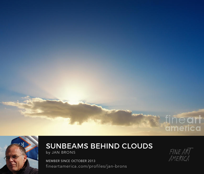 Sunbeams behind clouds -Sell Art Online