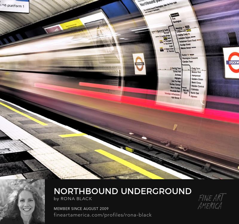 Northbound Underground � London - Rona Black