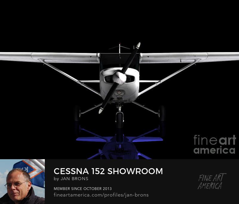 Cessna 152 Showroom - Sell Art Online