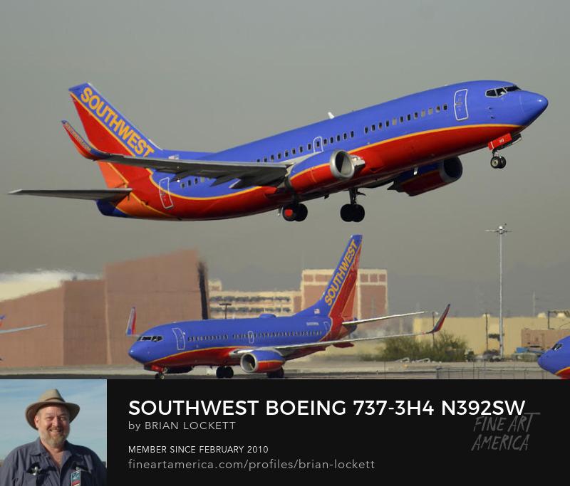 Southwest Boeing 737-3H4 N392SW