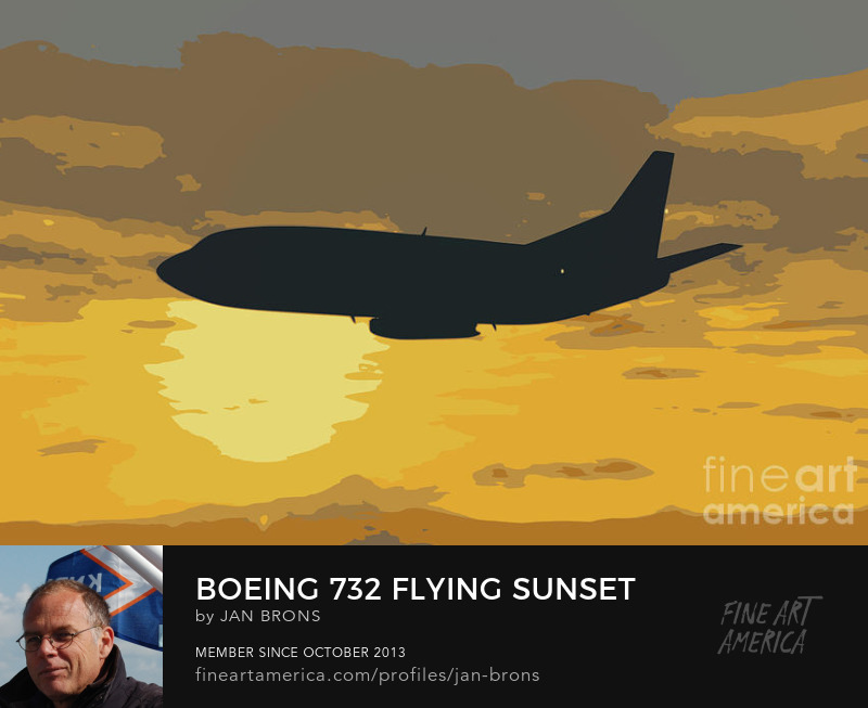 Boeing 732 flying sunset - Photography Prints