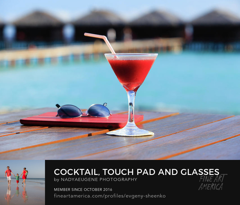 Cocktail and touchpad by Nadya&Eugene Photography