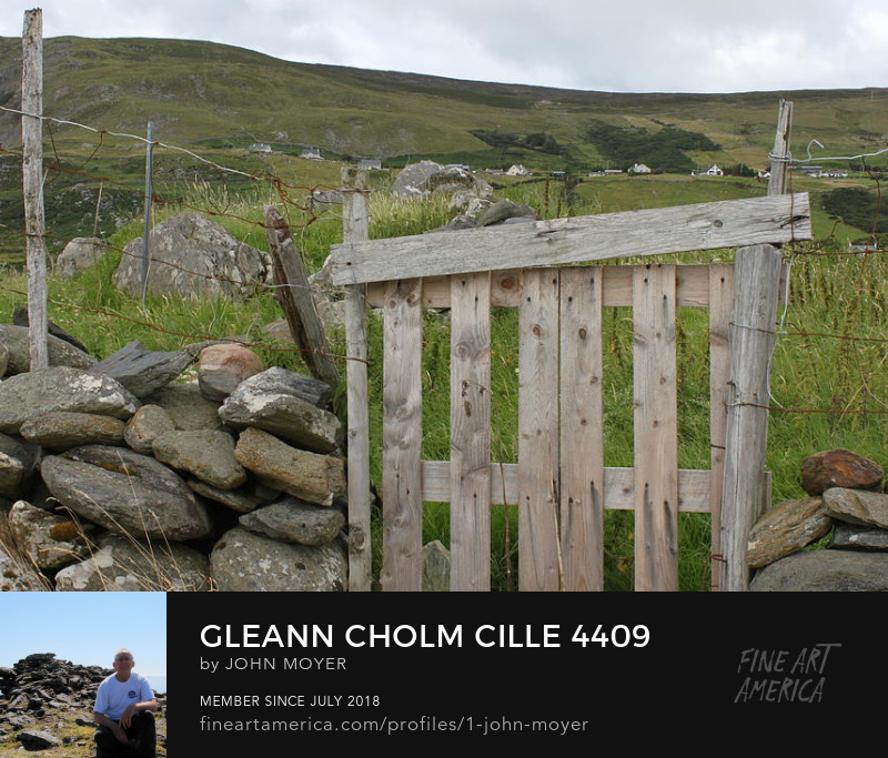 Gleann Cholm Cille megalithic monument