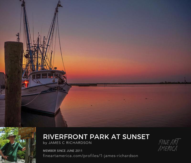 Riverfront Park at Sunset