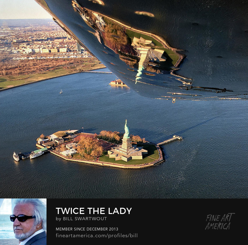 The Lady in the Harbor Art Online