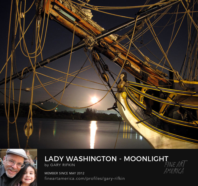 Lady Washington in Coos Bay, Oregon