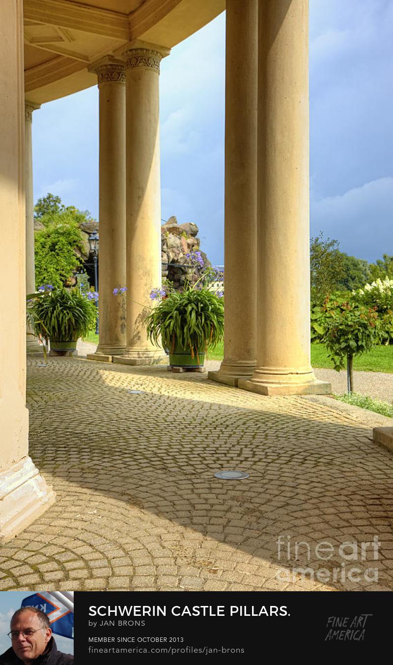 Schwerin castle pillars - Sell Art Online