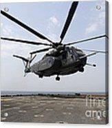 An Mh-53e Sea Dragon Prepares To Land Acrylic Print