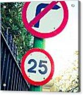 25 Mph Road Sign Acrylic Print