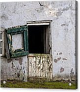 Barn Door In Need Of Repair Acrylic Print
