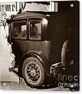Essex Super Six In Carmel Dairy 1933 Acrylic Print