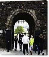 Oil Painting - Staff And Tourists At The Entrance Of Stirling Castle Acrylic Print