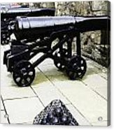 Oil Painting - Tourists And Cannons With Ammunition At The Wall Of Stirling Castle Acrylic Print