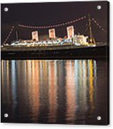 Queen Mary Decked Out For The Holidays Acrylic Print