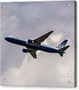 United Airlines Boeing 767 Acrylic Print