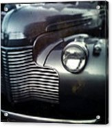 V8 Grill In Gray Acrylic Print