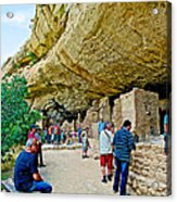 Visitors To Spruce Tree House On Chapin Mesa In Mesa Verde National Park-colorado Acrylic Print