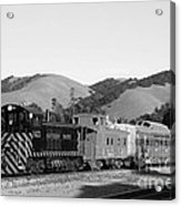 Historic Niles Trains In California . Southern Pacific Locomotive And Sante Fe Caboose.7d10819.bw Acrylic Print