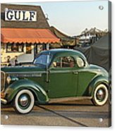 1942 Gulf Service Station With Antique Car Acrylic Print