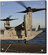 An Mv-22 Osprey Lands Aboard Usns Acrylic Print