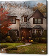 Cottage - Westfield Nj - The Country Life Acrylic Print by Mike Savad