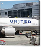 United Airlines Jet Airplane At San Francisco Sfo International Airport - 5d17109 Acrylic Print