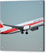 American Boeing 737-823 N915nn Phoenix Sky Harbor January 11 2015 Acrylic Print