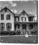 Lincoln Cottage In Black And White Acrylic Print